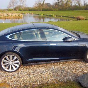 Tesla Model S P85 Performance – Low Mileage