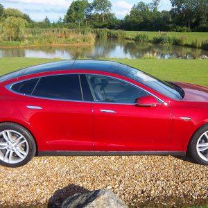 Tesla Model S 85 – Red Multi-Coat Paint With Tech Package & Autopilot